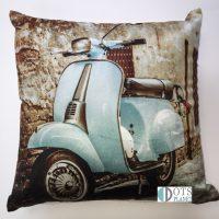 scoter blue poszewka dekoracyjna na poduszke dla mlodziezy z starym motorem dla fanow motoryzacji pomysl na prezent sklep z posciela
