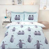 starry penguins niebieska posciel swiateczna na zime z pingwinami mlodziezowa 140x200