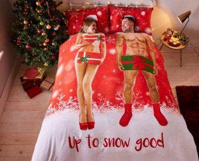 up_to_snow_good_zabawna posciel na swieta dla pary na prezent 200x200